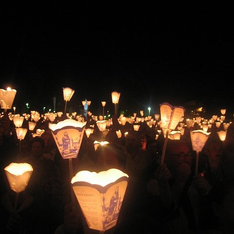 Processione aux flambeux